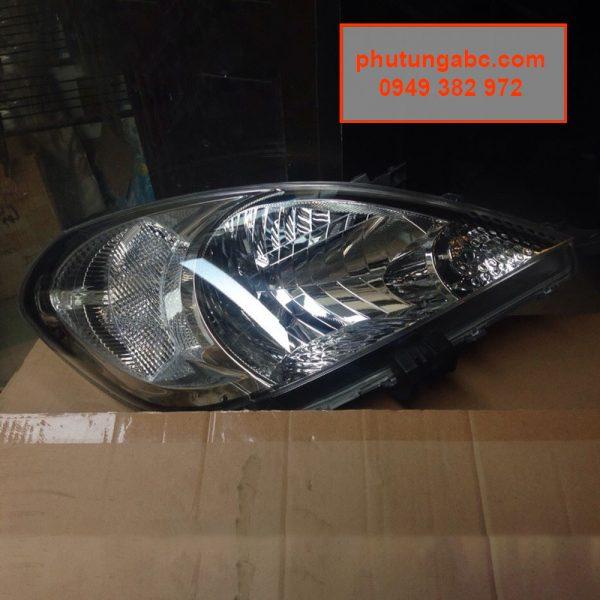 đèn pha innova 2009